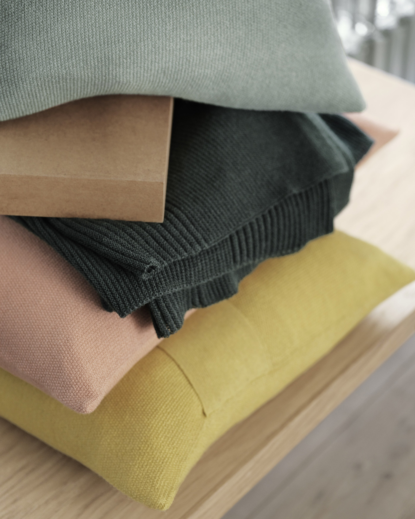 Layer Cushion Muuto