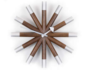 Hodiny Vitra Wheel Clock, walnut