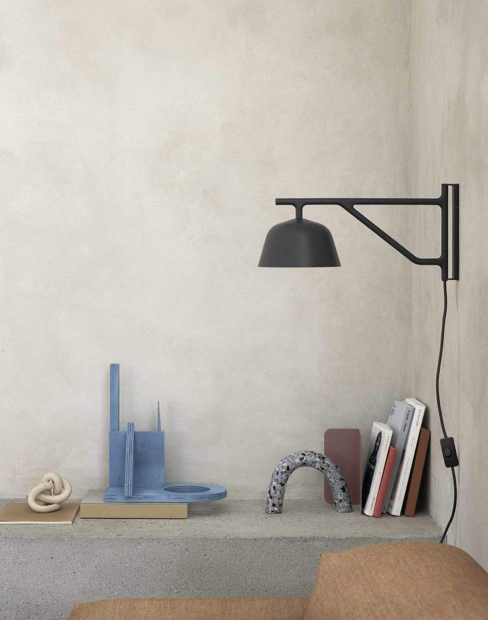 Ambit-wall-lamp